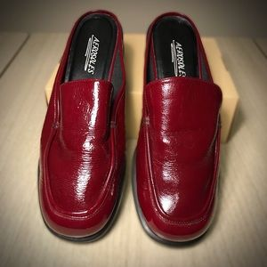 Aerosols dark red mules, size 8 1/2B